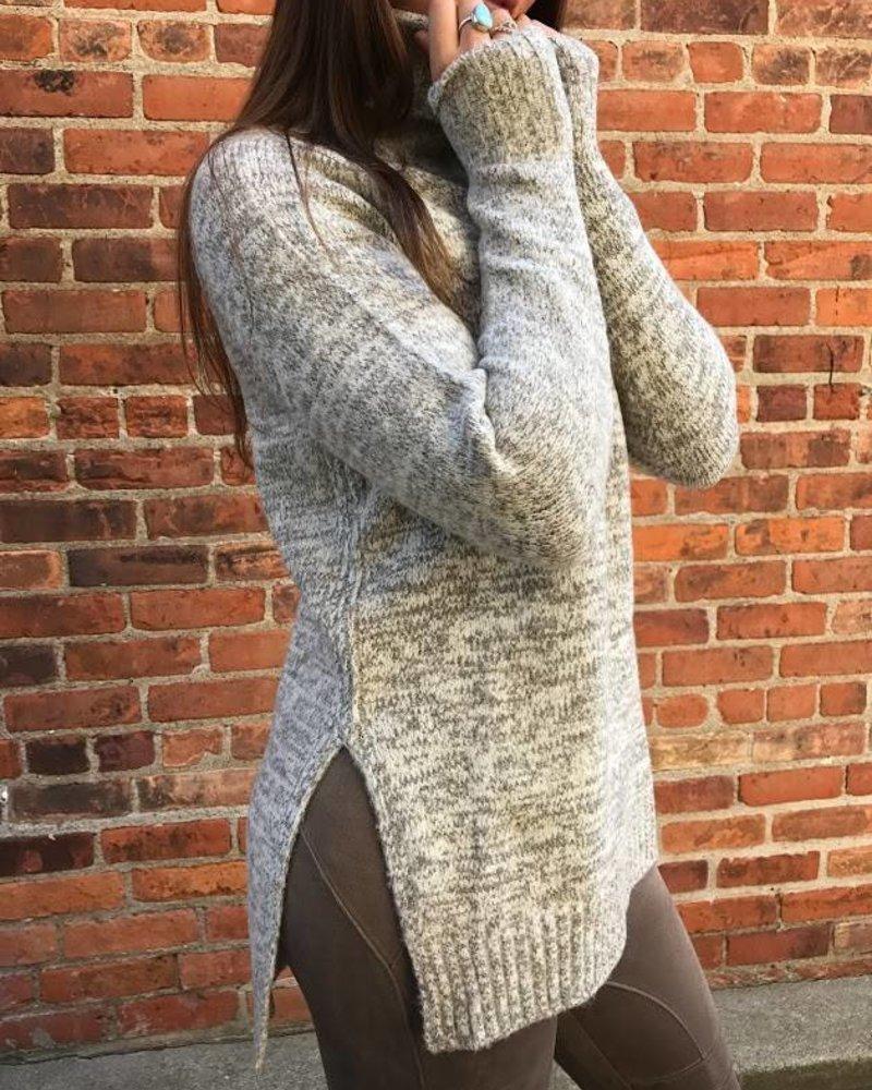Sole Mio I6t1038 turtle neck sweater