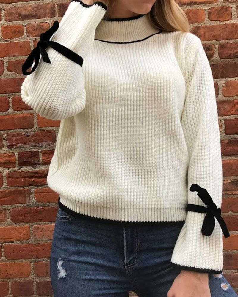 lumiere AT02504 Mock Neck sweater