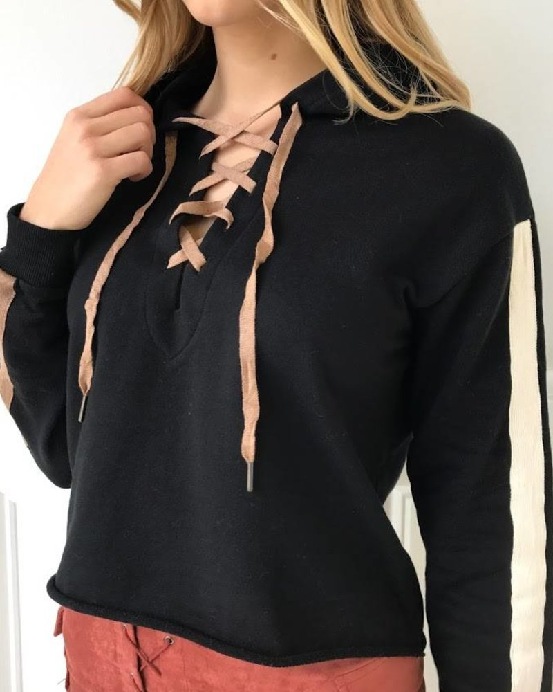 Dance  & Marvel DMT2518 lace up hoodie