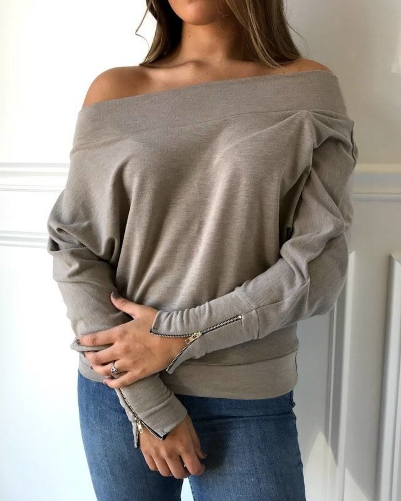 jolie 9772 off shoulder top