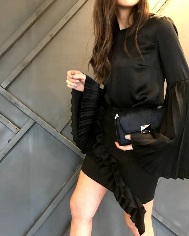 Do & Be y14847 pleated bell sleeve