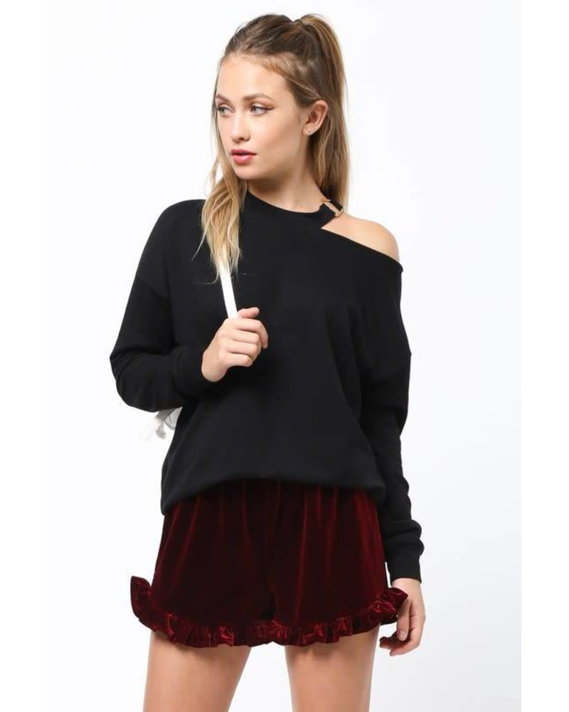 vt13343 cold shoulder sweatshirt
