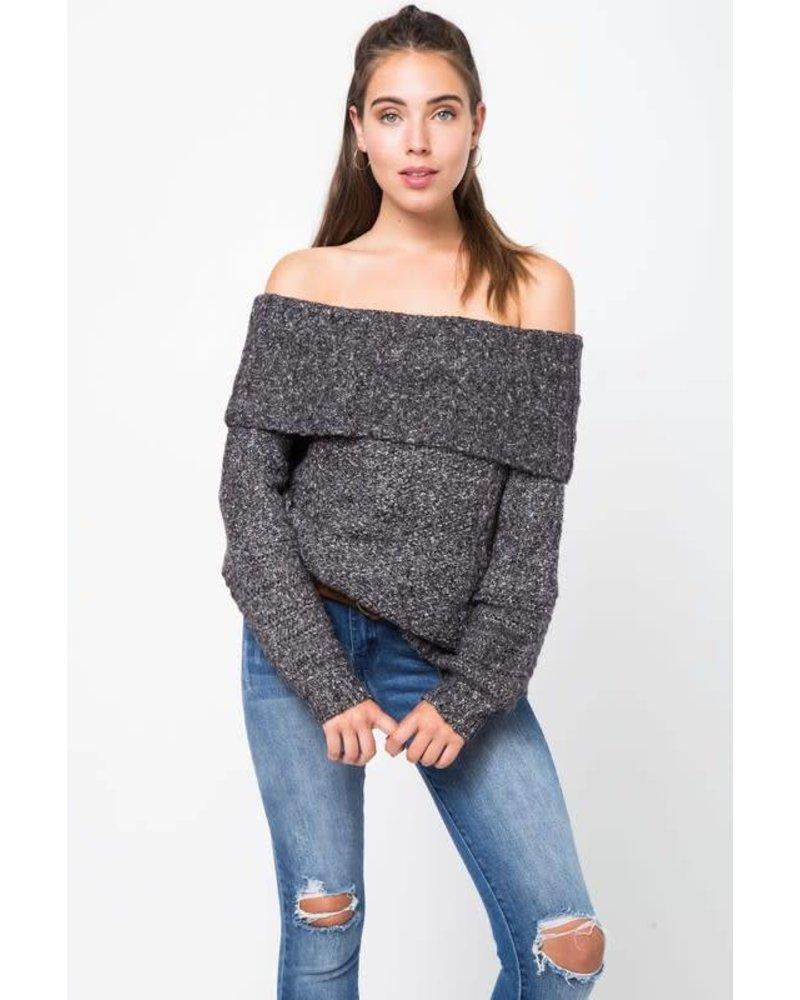 12w1144L off shoulder sweater