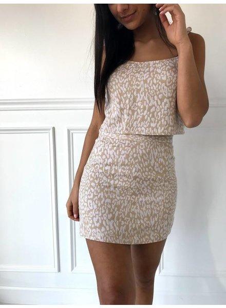Honey Punch 7is4015db leopard high waisted  mini skirt