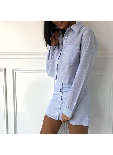7it2872h cropped button down
