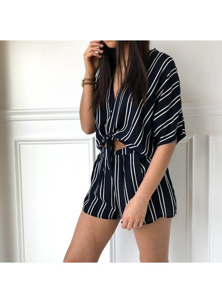 T12241 stripe short pants