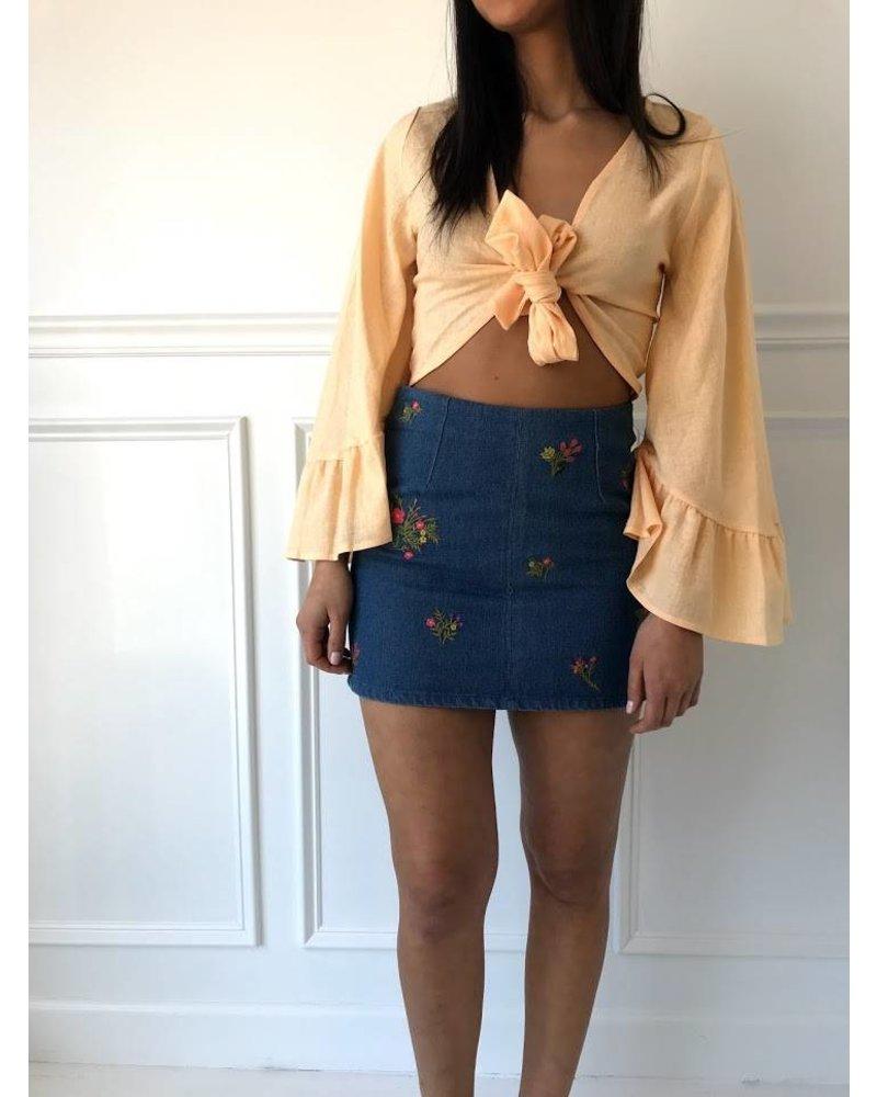 vs50641 embroidered denim mini skirt