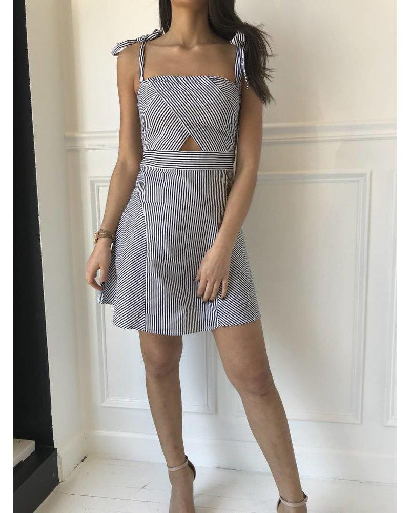 Newbury Kustom nkd7419 dresss