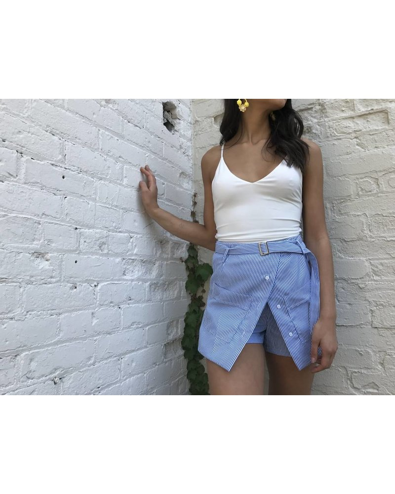 y15684 shorts