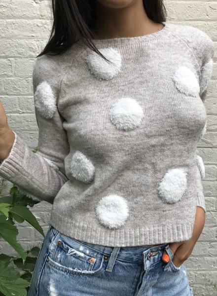 lumiere avila sweater