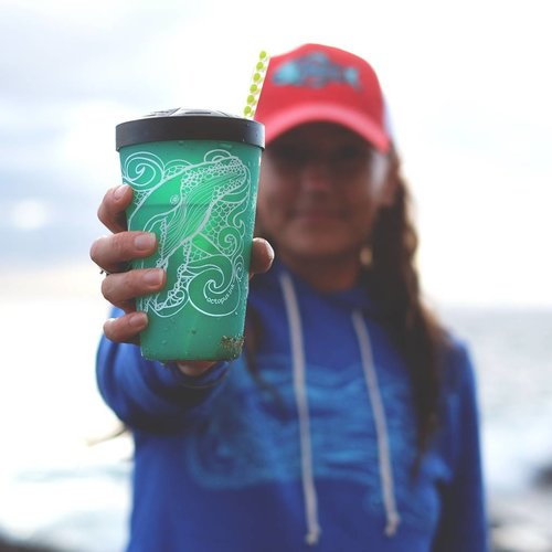 Humpback Whale- Pint Turquoise