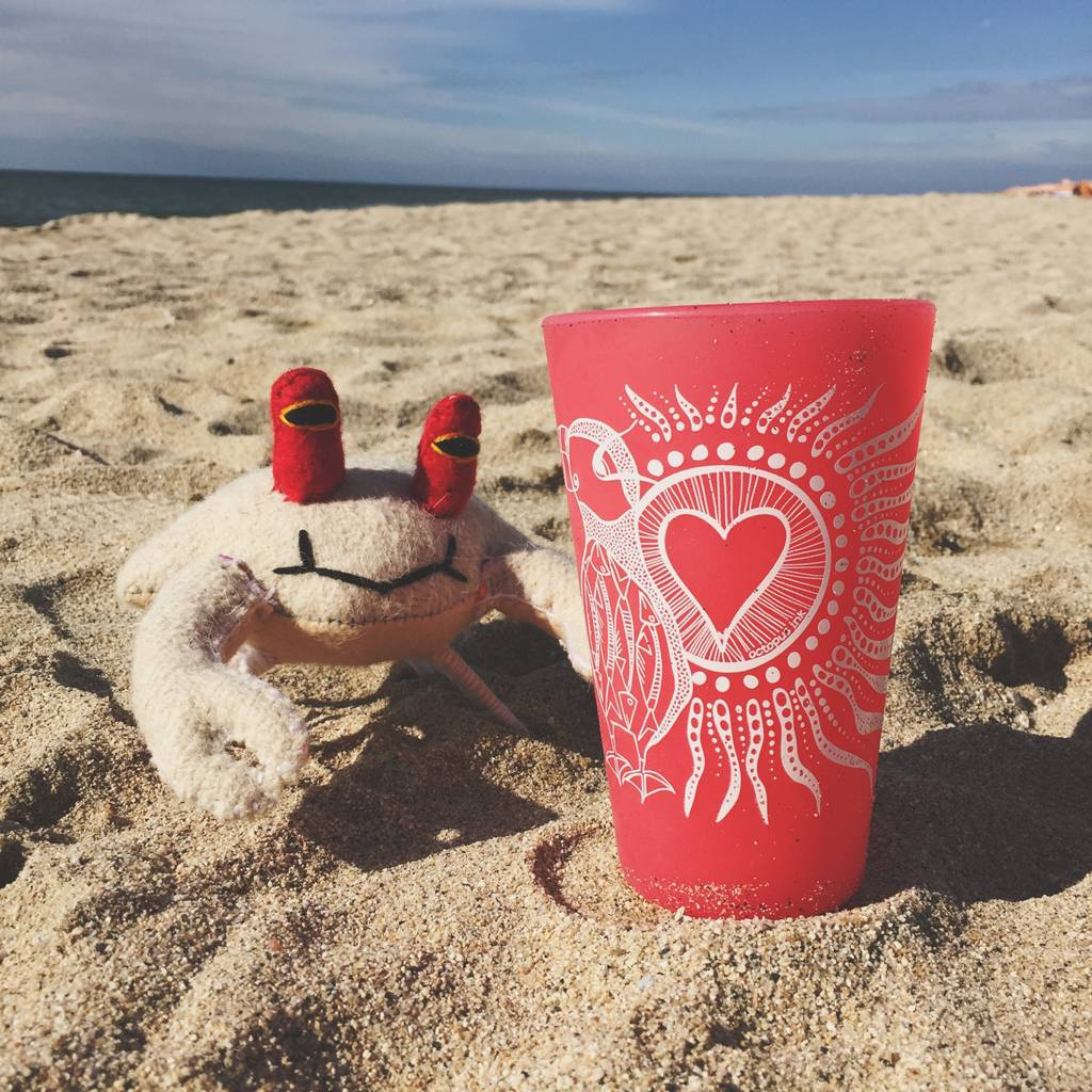 Puffin Love- Pint Red