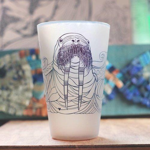 Walrus (Grey)- Pint