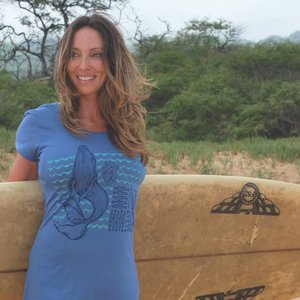 Whale Love- Ladies Tee