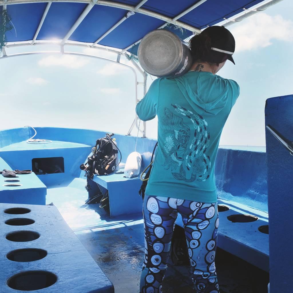 Reef Mermaid- Light Zip, Unisex