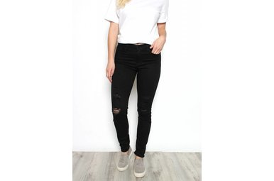 RAYNA DISTRESSED BLACK JEANS