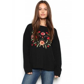 ADDIE EMBROIDERED SWEATSHIRT