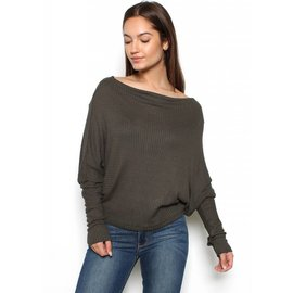 ANGELINA DOLMAN TOP