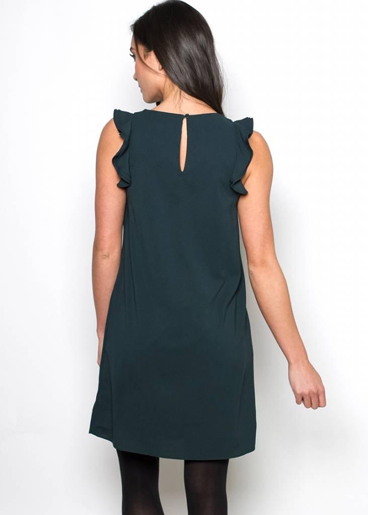 LACEY SLEEVELESS SHIFT DRESS
