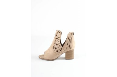 AVERY CUTOUT BOOTIES