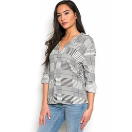 CARLY HOUNDSTOOTH TOP