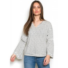 SHAYLA STRIPED BELL SLEEVE TOP