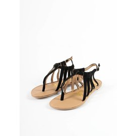 MELODY STRAPPY SANDALS