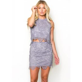 MANHATTAN LACE MINI SKIRT