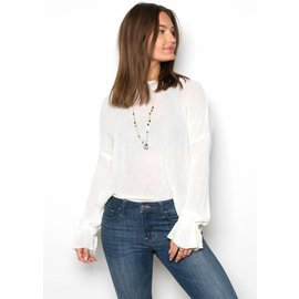 BLOSSOM WHITE LIGHTWEIGHT SWEATER