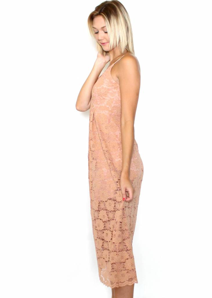 MELODY LACE MIDI DRESS