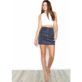 AVERY NAVY MINI SKIRT