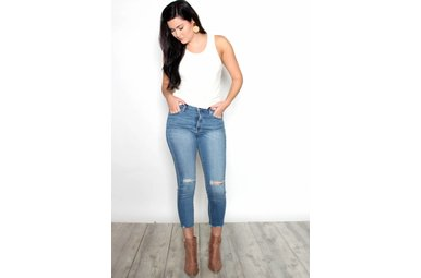 MARLEY DISTRESSED CROPPED JEANS