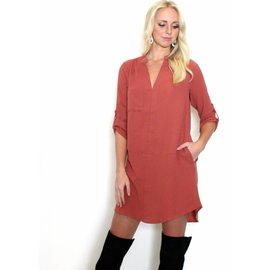 KELSEY TERRACOTTA SHIFT DRESS