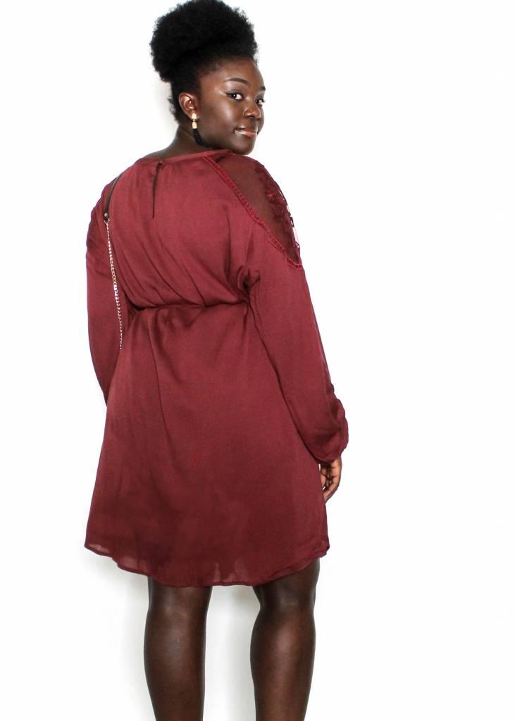 BRYNN MAROON LACE DRESS