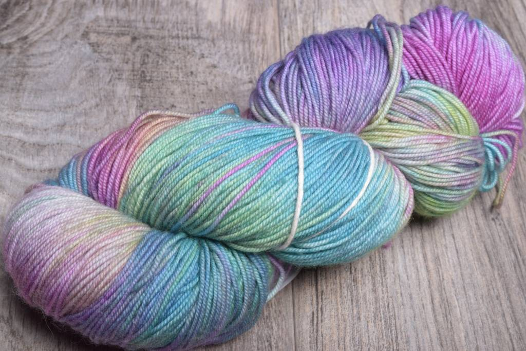 Image of Ella Rae Lace Merino 139 Lime Crush