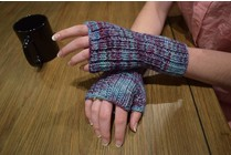 "Gift Knits ""Maine Morning Mitts,"" Saturday, July 22, 3:00-5:00PM"