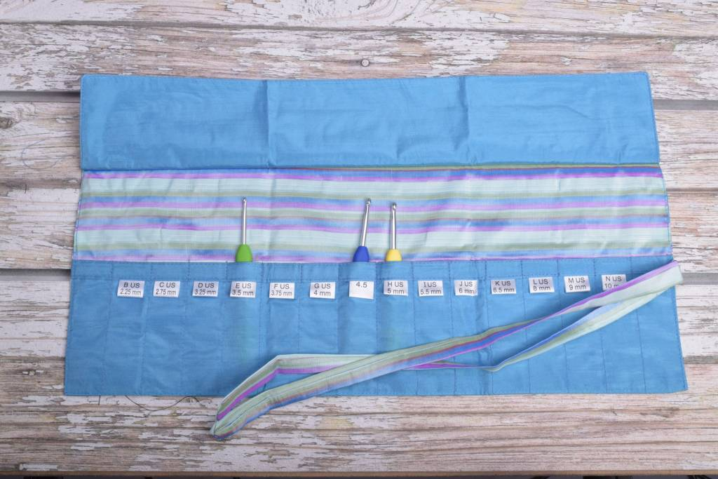 Della Q Crochet Hook Roll Case 168 2 23 Ocean Stripe Wool And