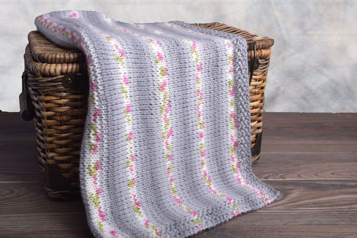 Wool & Co. Feature Pattern of the Week - Easy Baby (Car-Seat) Blanket