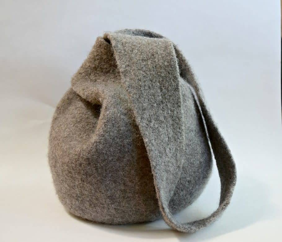 Felted Boho Knot Bag, Saturday, January 13,27; 3:00-5:00PM