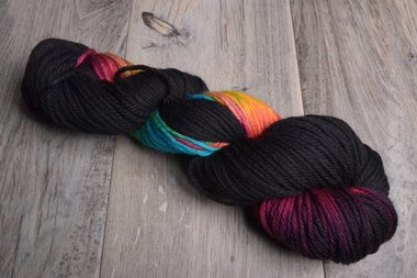 Image of Three Irish Girls Springvale Worsted