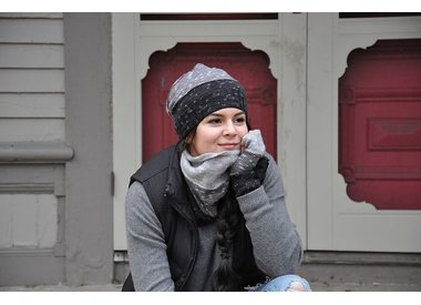 Wool & Co. Feature Pattern of the Week - Aurora Hat, Cowl & Mitt set