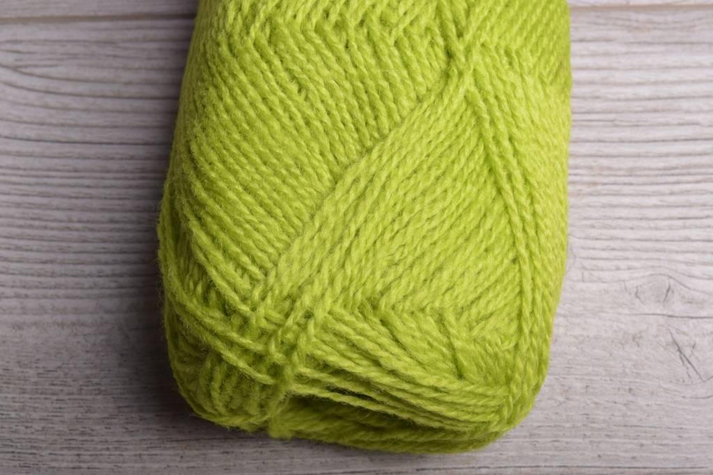 Image of Rauma Finullgarn 454 Chartreuse
