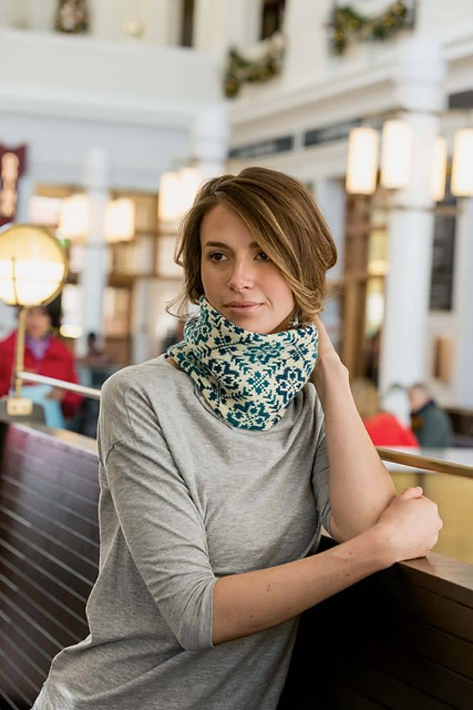 Endless Rose Cowl, Tuesday, July 17, 24, August 28; 6:00-8:00PM