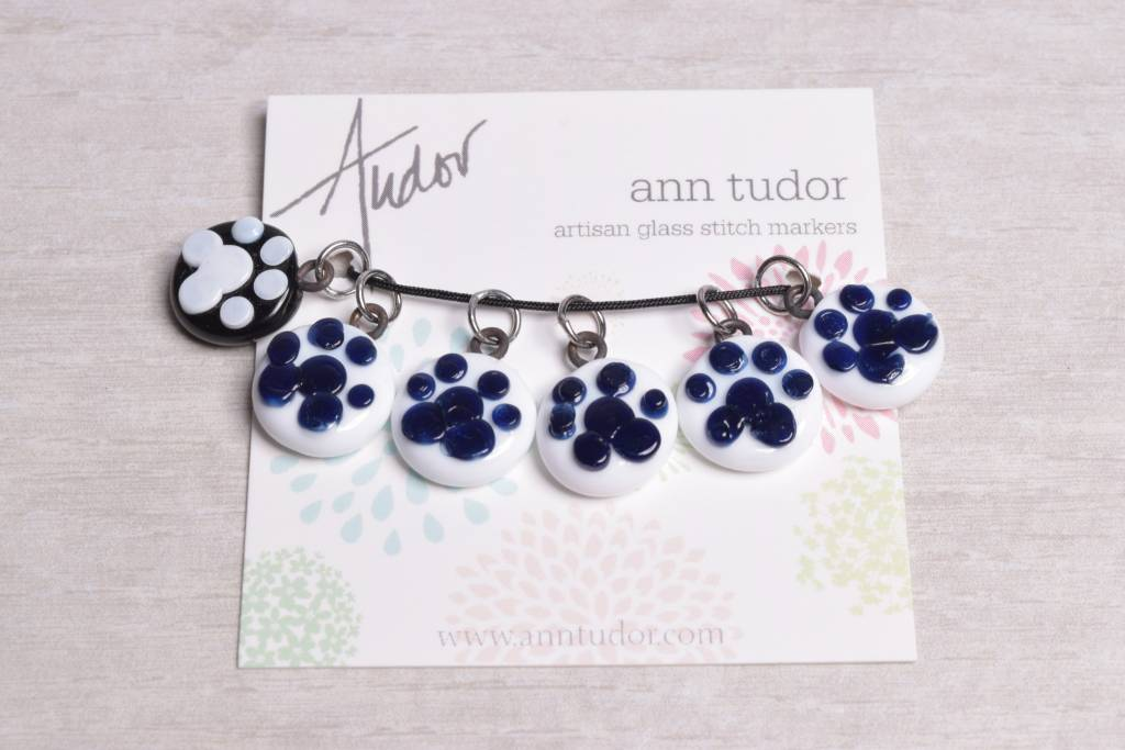 Image of Ann Tudor Stitch Markers, Paw Prints, Extra Small