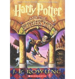 SCHOLASTIC HARRY POTTER AND THE SOCEROR'S STONE PB ROWLING