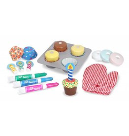 MELISSA AND DOUG BAKE AND DECORATE CUPCAKES