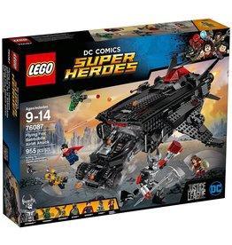 LEGO FLYING FOX: BATMOBILE AIRLIFT ATTACK
