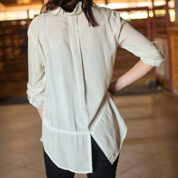 Double Pocket Shirt w Slit in Back