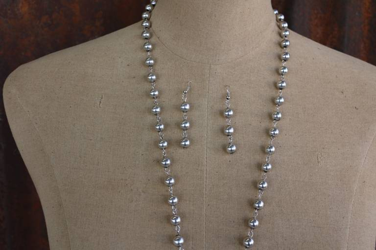 Worn Silver Bead Arrowhead Necklace Set with Rhinestone Accents