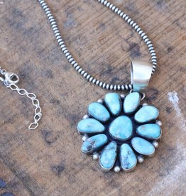 Campetos Turquoise Flower Pendant